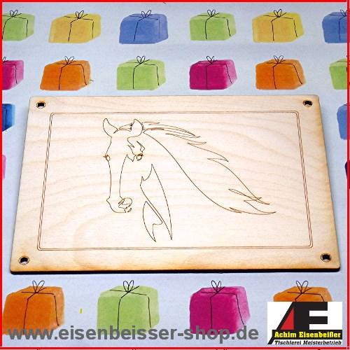 kinder vesperbrettchen pferdekopf geschenke aus holz fruehstuecksbretter. Black Bedroom Furniture Sets. Home Design Ideas