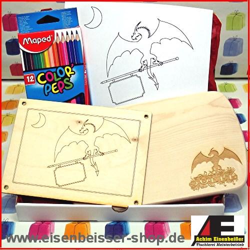 Ahorn Kinder Frühstücksbrett fliegender Drache mit Namen