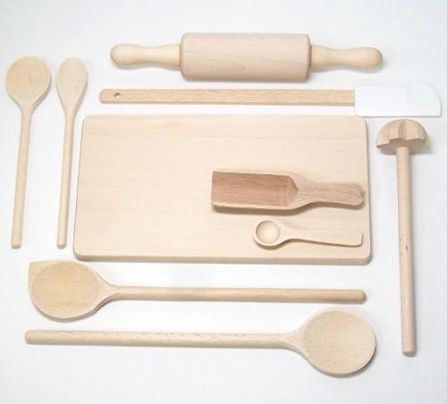 Kinder Koch- und Backset, 9 Kleinteile mit Holzbrett