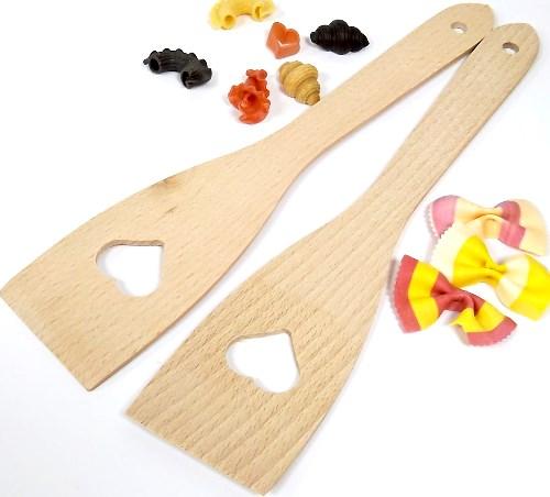 Pfannenwender mit Herz - Holzwender 30 cm aus Buche