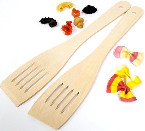 Pfannenwender mit Schlitz - Holzwender 30 cm aus Buche